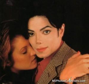 Je to v poriadku pobozkať niekoho, koho re nie datovania